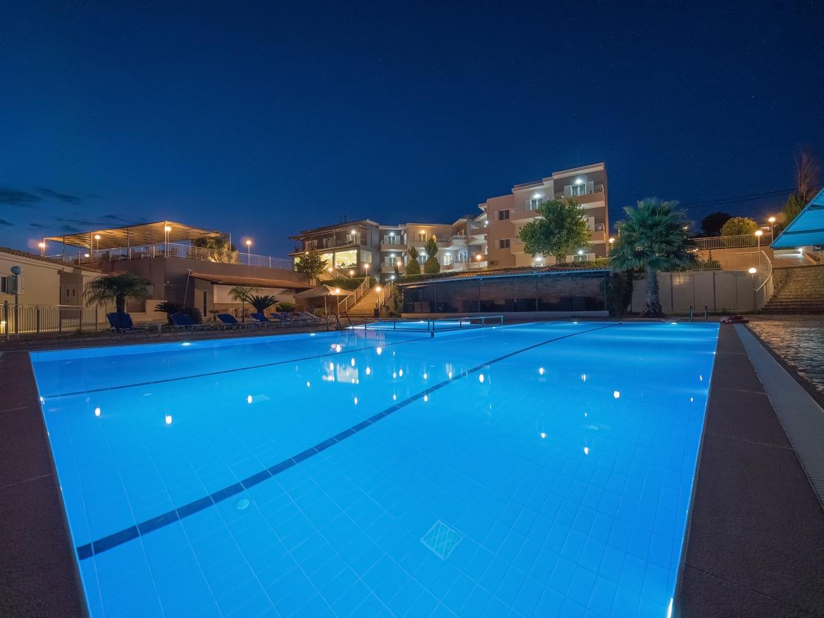 panorama_pool_4