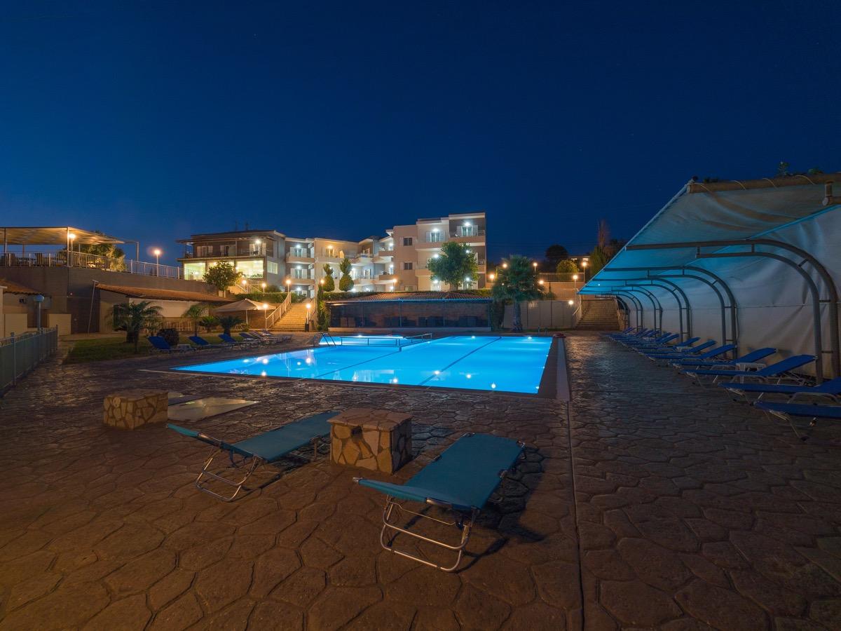 panorama_pool_5